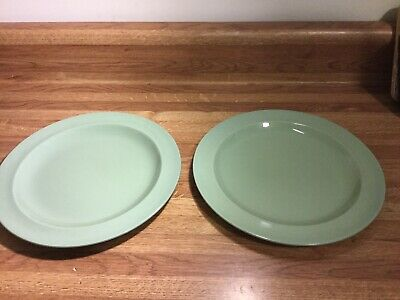Wedgewood Of Etruria and Barlaston Celadon Green Luncheon Plates Lot 2 Set #2