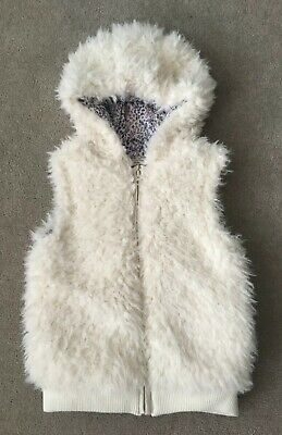 Girls Cream Furry Debenhams Bluezoo Hooded Gilet, Age 5-6 Years - Worn twice