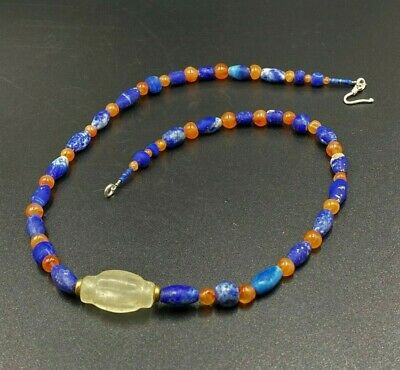 A special ancient necklace of mixed Lapiz and Carnelian crystal