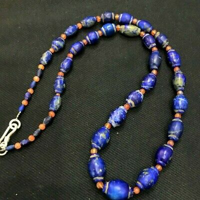 A special ancient necklace of mixed Lapiz and crystal