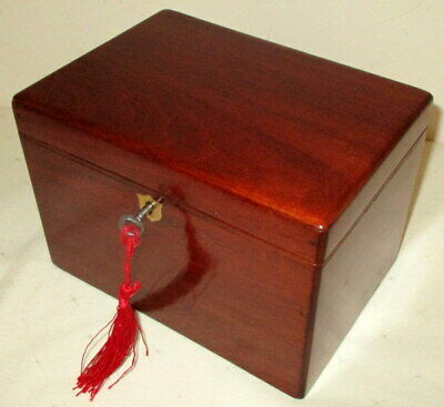 LOVELY SMALL EARLY VICTORIAN  SOLID MAHOGANY & BRASS TEA CADDY with key