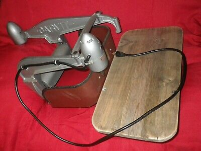 Vintage & Reconditioned  DUMORE CARVIT Wood Dupilcator Carving Machine
