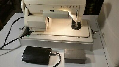 Zigzag Sewing Machine Singer Model 247C Working Small Electric Vintage With Case