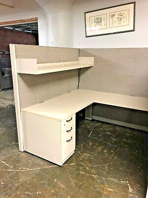 "6'x6'x67""H Cubicle / Partition System by Steelcase Answer"