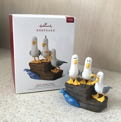 2018 Hallmark Ornament Disney Pixar Finding Nemo Mine Mine Mine Talking Seagulls