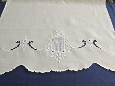 Antique Victorian Homespun Linen Show Towel Hand Embroidery Lace 17x26