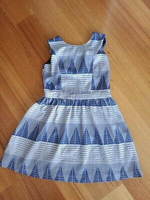 Valley Girl Size 10 Above Knee Blue And White Pattern Lined Dress