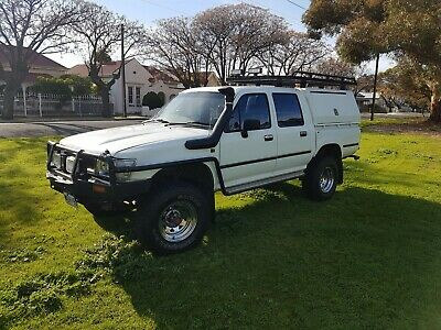 1996 Toyota Hilux 4WD Dual Cab 2.8Lt Diesel Rooftop Custom made Cabin MUCH MORE