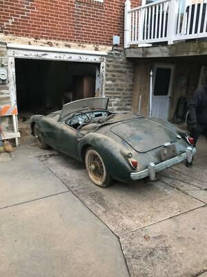 MGA 1960 roadster, fantastic find, rust free, don't miss!!!