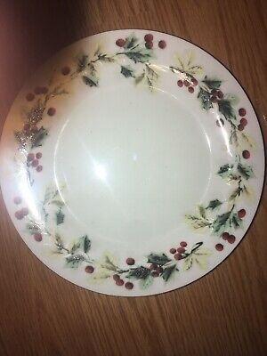 3 Gibson China HOLIDAY Christmas 7.5'' Salad Plates holly leaves berries