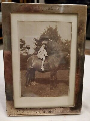 """1941 Watrous Mfg. Co Wallingford, Ct Sterling Silver Photo Frame  7"""" X 5""""  #32"""