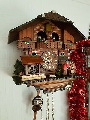 STUNNING  BLACK FOREST  MUSICAL  CUCKOO  CLOCK /VERY Clean/ switch off