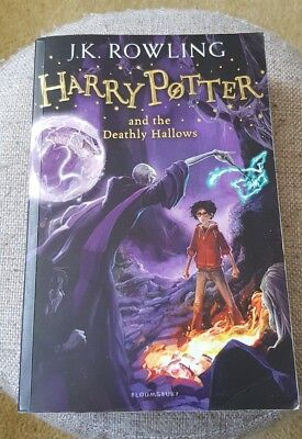Harry Potter And The Deathly Hallows. Bloomsbury Paperback 2014