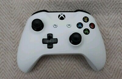 Official Microsoft xbox one controller  - 3.5mm headset jack White