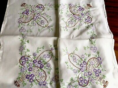 VINTAGE HAND EMBROIDERED WHITE LINEN TABLECLOTH 51x52 Inches