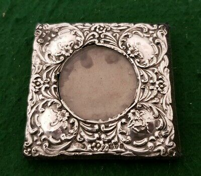 Antique 60 mm Repousse HM J&R Griffin 1907 Chester Sterling Silver Picture Frame