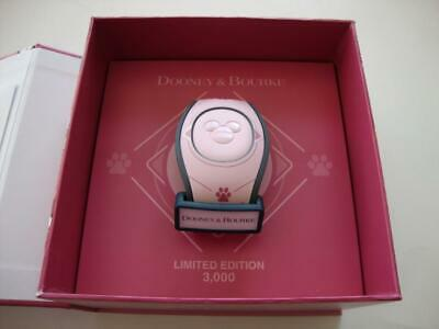 Disney Parks 2018 Dooney & Bourke Pink DOGS Magicband Magic Band Limited Edition