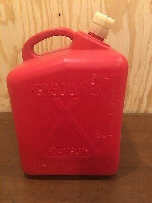 VINTAGE TEE-PEE 5 GALLON GAS CAN USA TOTEM 606-T w/ Vented Spout Very RARE