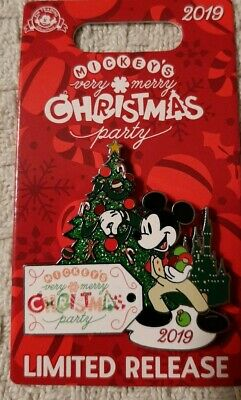 Mickey's Very Merry Christmas Party 2019 Disney Mickey pin - NEW Limited Release