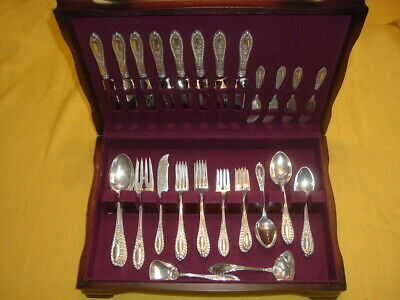 Manchester Gadroonette Sterling Flatware Silverware Set -49 Piece Set - Wood Box