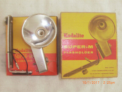 Kodalite Super-M Flasholder No. 750 Bracket, cord and reflector