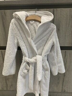 White M&S Fluffy Dressing Gown Age 3-4