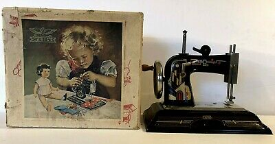 Vtg Toy Child Sewing Machine Casige Art Deco Style No.1025 W Box Made In Germany