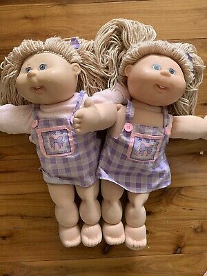 Two Cabbage Patch Dolls Matching Girls Twins. 1990s