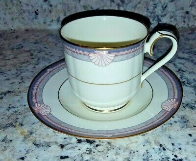5 Noritake Stanford Court Coffee Cups and Saucesr  Excellent Condition