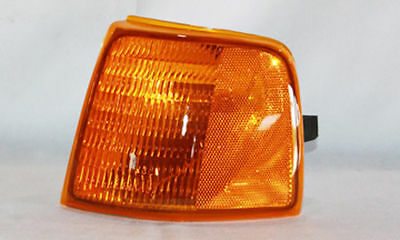 TYC 18-3025-01 Parking Light