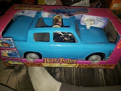 """2001 Mattel Harry Potter WEASLEY """"FLYING"""" CAR with HEDWIG & Luggage - NEW"""