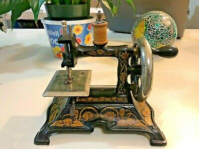 antique sewing machine toy 1890 NO 121769  England