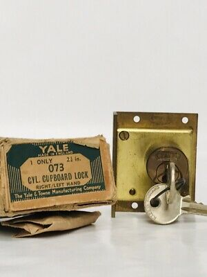Yale Vintage CYL. Cupboard Lock With Key, 2 1/4 Inch. Made In England