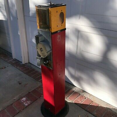 Rare 1951 Victor Triple Viewer Capsule VendingMachine with Stand, Key & Capsule
