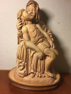 Vintage Hand Carved Wood Pietà Madonna Virgin Mary Our Lady Of Pity Jesus Statue