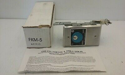 Fkm-5 Surface Mounted Open/Close Automatic Gate Opener Switch With Keys, Nib
