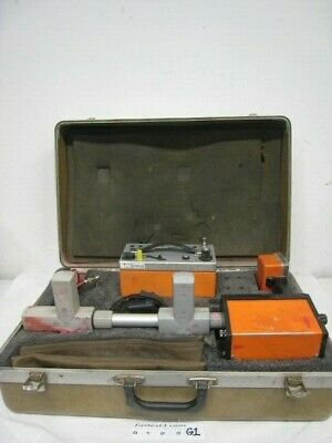Metrotech 850 Pipe & Cable Utility Line Locator w/ case