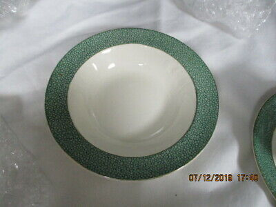 J & G Meakin 'Florida'  Sol   cereal / breakfast bowl ( gilt edge)