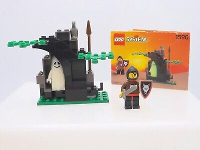 Lego 1596 Castle Wolfpack GHOSTLY HIDEOUT Complete w//Instructions