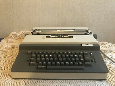 Citizen S4 Electric Typewriter With Case And Cover
