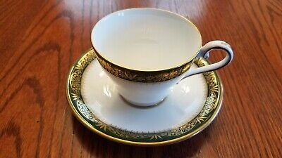 Aynsley / Chester / Green & Gold Trim / Cup & Saucer