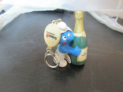 Smurfs with Champagne Smurf Promo Keychain Vintage Rare