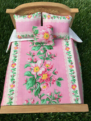 Miniature Dollhouse Bedspread Comforter 2 Pillows 1:12 scale pink flower #C05