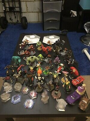 Disney infinity bundle - Xbox One And PS4 - Excellent Condition