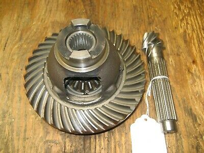 Kubota B6100E Transmission Bevel Gear Assembly 66711-82713