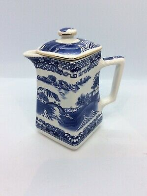Ringtons Willow Pattern Jug With Lid. Exc Con.