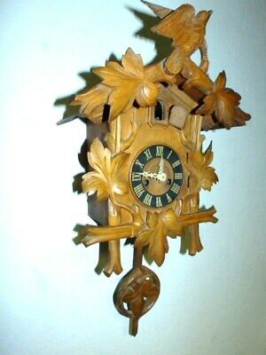 Original Black Forest Cuckoo  Clock Around 1900 / 1930  With Feather Wind Up