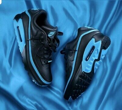 NEW NIKE AIR Max 90 x UNDEFEATED Black Solar Red Limited