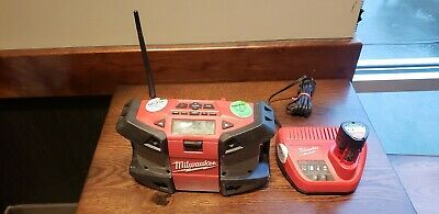 Milwaukee M12 Jobsite Radio 2590-20 W/ 12v Charger & (2) M12 Batteries Tested