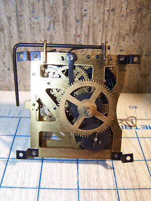 Vintage Small Case Cuckoo Clock Movement for Parts or Repair 8